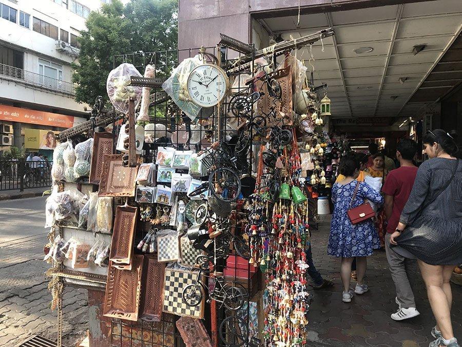Colaba Causeway Market