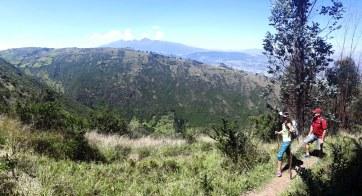 Tramo 2 - al terminar el bosque tienes una vista espectacular hacia Quito y Cumbayá