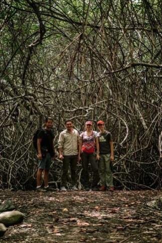 El equipo completo de este viaje: Enrique, Rómulo, Carolina y Álvaro. Foto: Enrique Avilés.