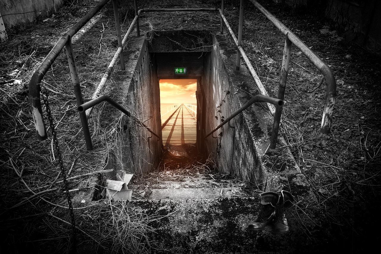 Top 23 Tips & Tricks to Win Escape Room Games | Escape Room Tips