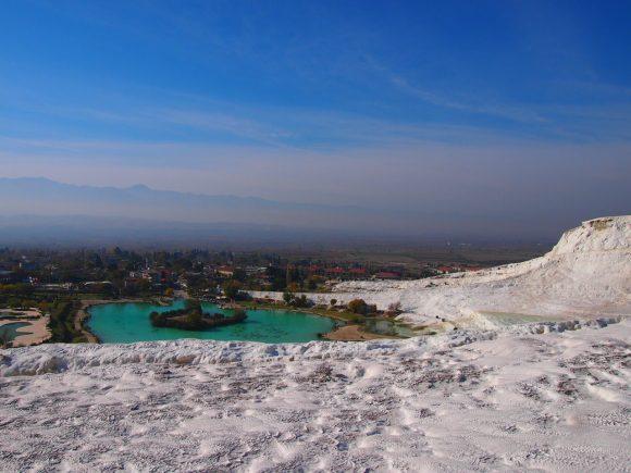 Pamukkale viaje inolvidable - Guía de viaje vista desde la cima de pamukkale