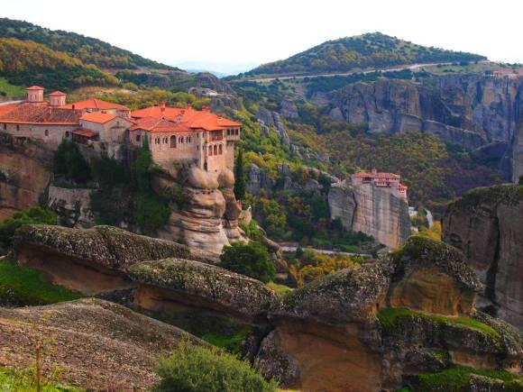 Monasterio Varlaam -MONASTERIOS METEORA. Destinos de Grecia que te cautivaran este 2019