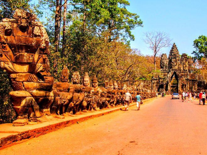 Los 10 templos que debes Conocer en Angkor | Guía de Viaje Angkor Thom