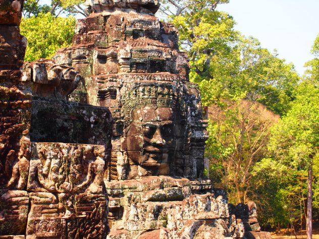 Los 10 templos que debes Conocer en Angkor | Guía de Viaje Templo Bayon
