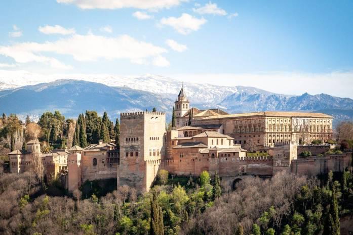 Granada España destinos baratos 2020