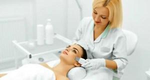 Pulizia del viso a ultrasuoni