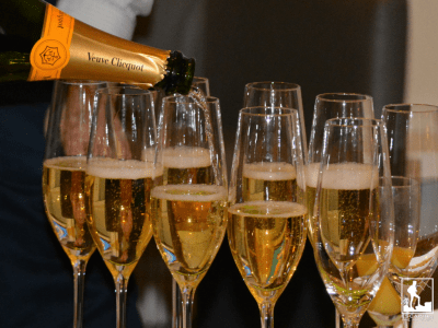 Fake foods champagne