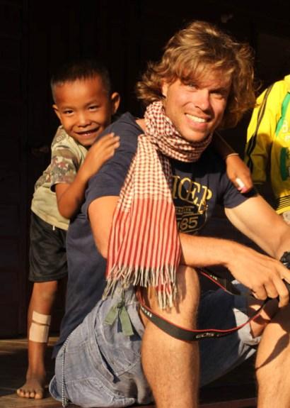 Lao and Falang = good friends
