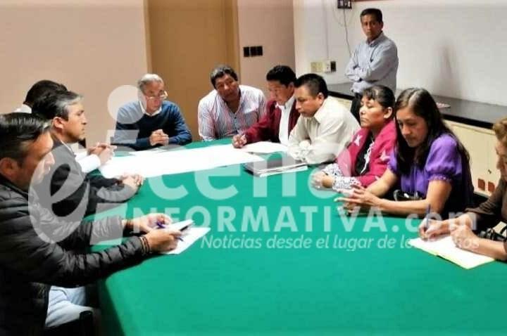 Se reúne SECOVUDI con vecinos de San Matías Tepetomatitlán.