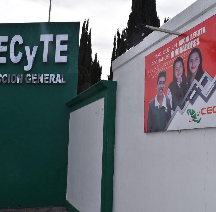 Evalúa CECYTE a jóvenes de comunidad El Rosario para normalizar su estatus académico