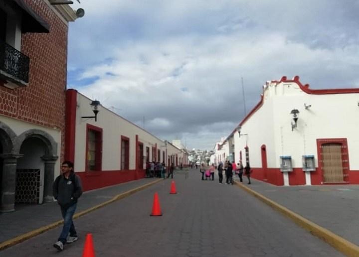 Avances del 70% registra mejoramiento del primer cuadro de la cabecera de Ixtacuixtla.