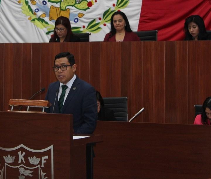 Por conflicto de intereses, pide PAN relevo de Piedras Días en Comisión de Transportes