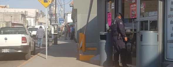 Nuevamente este viernes asaltan tienda OXXO en Panzacola