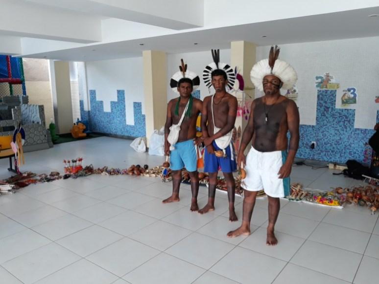 indios na colmeia (11)