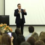 Escola da Inteligência reúne mais de 400 líderes nacionais de Educação em Ribeirão Preto