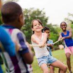 Conheça os benefícios dos programas de férias para crianças
