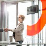 Como o coordenador pedagógico e o professor devem trabalhar juntos?