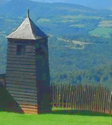 Chateâu de Mauvezin - une tour de quelques mètres sur sa motte