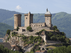 Le château de Foix, berceau de la famille de Gaston Febus