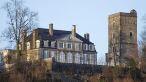 Henri d'Albret grandit au château de Coarraze