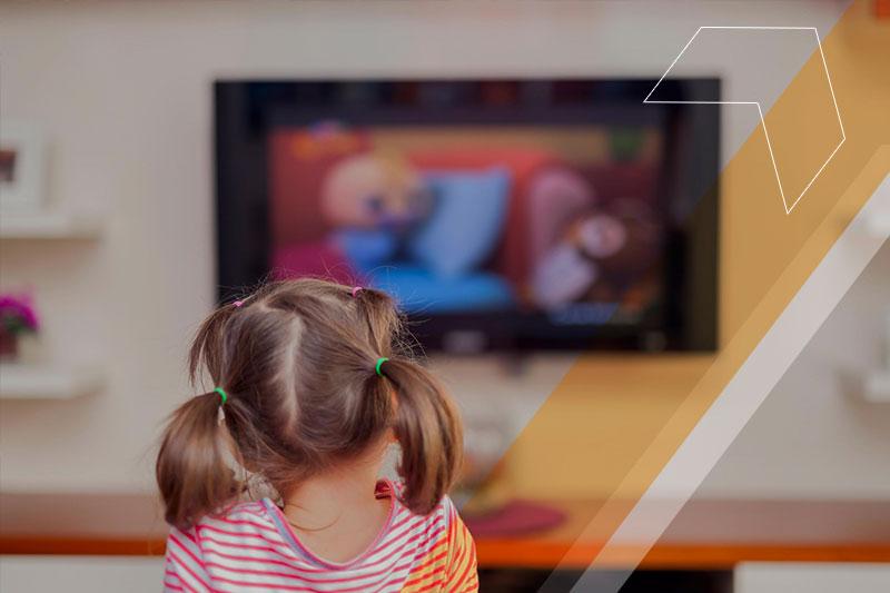 Como os desenhos animados podem ajudar no desenvolvimento das crianças?