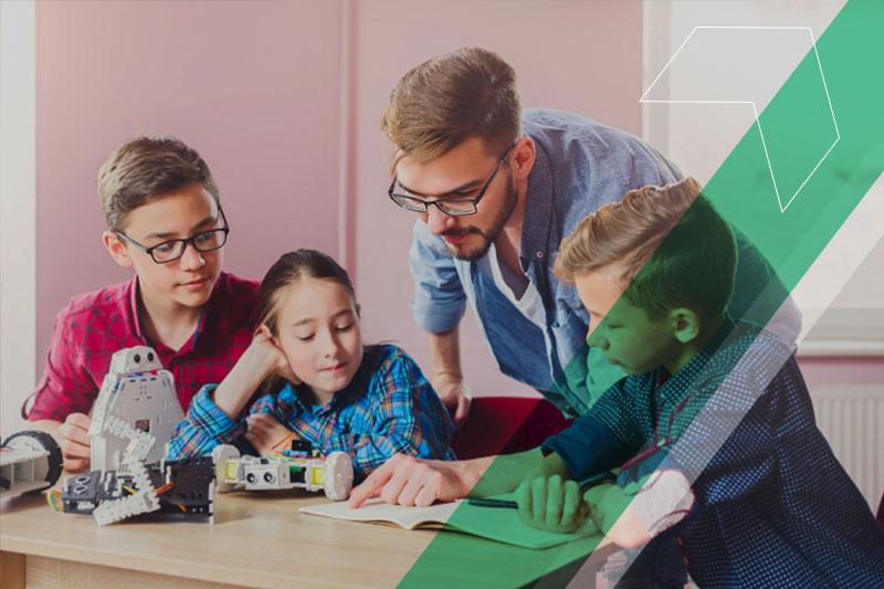 Como usar a tecnologia nas diferentes etapas da educação?