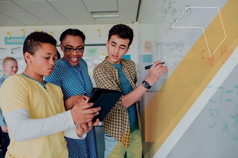 Aprendizagem colaborativa e ensino a distância – tendências da educação