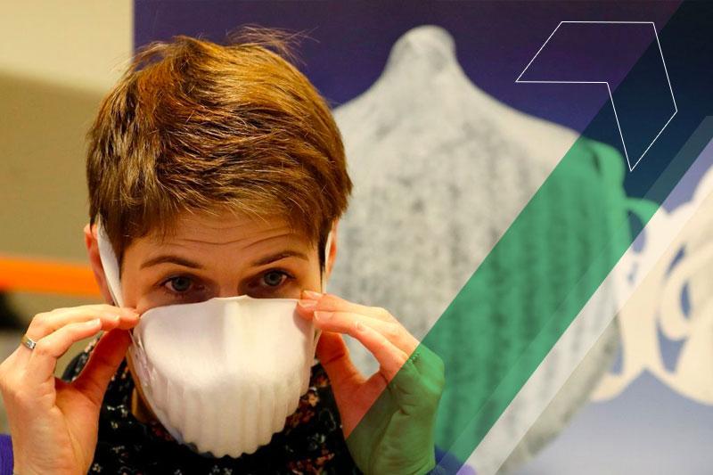 Boas práticas em tempos de crise: Professores, pais e alunos unidos na produção de máscaras
