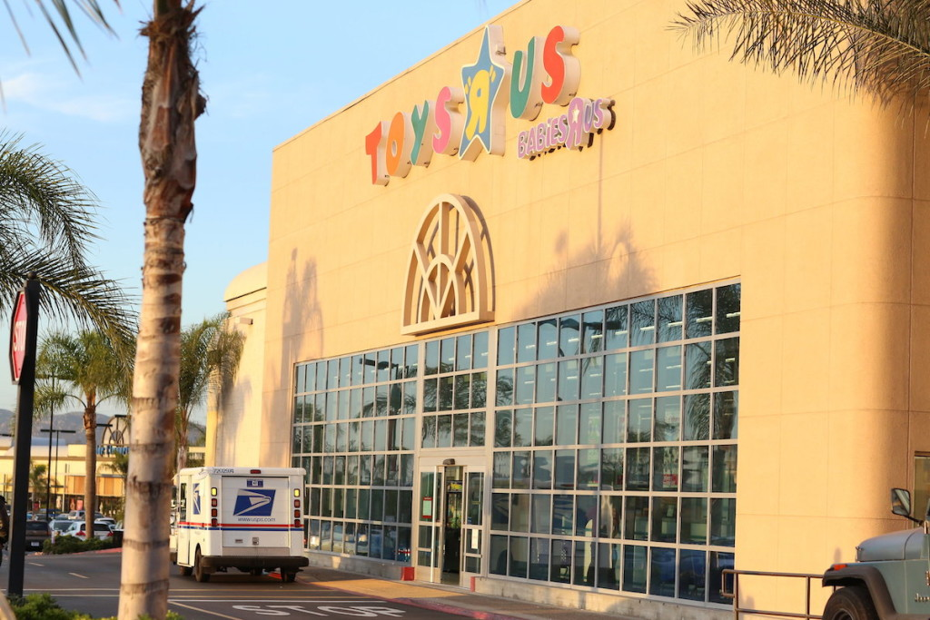 Toys R'Us stands at the ready for Lego star War sales at The Escondido Promenade