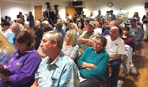 Crowd at Valley Center Community Planning Group meeting to consider Lilac Hills Ranch.