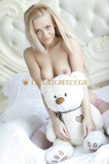 RUSSIAN CALL GIRL BLONDY