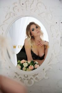 GREECE ATHENS ESCORT NIKA 5
