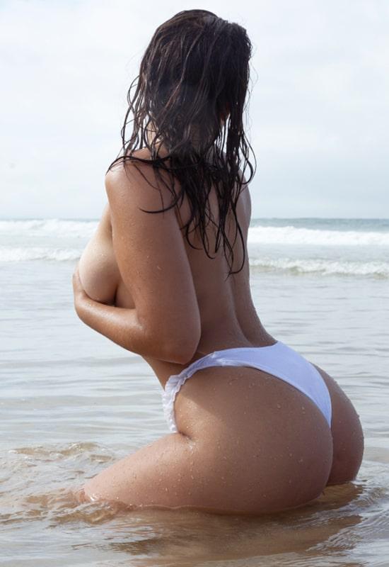 Camila Pereira