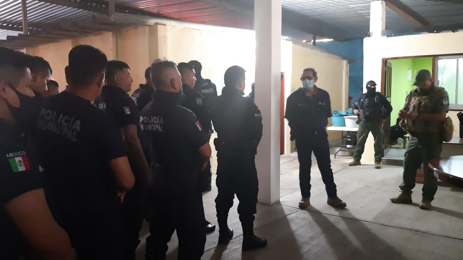 POLICIAS SE NIEGAN A SER EVALUADOS