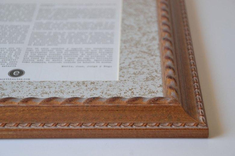 Detalle de marco y paspartú de fotos contadas de escribientes.com