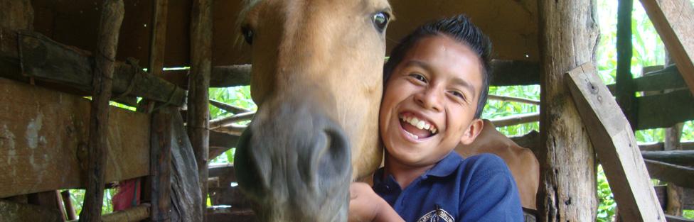 Students go to horseback riding