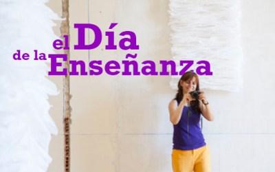 Ana Crespo galadornada en el Día de la Enseñanza