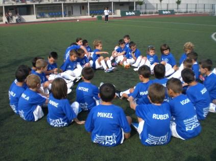 Escuela de futbol villa de ermua 163