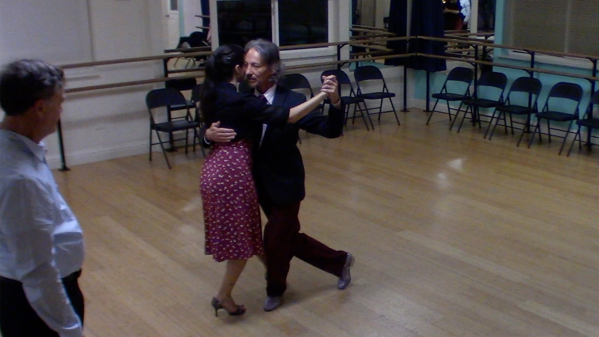 Argentine Tango beginner class with Miranda: walking and changes of speed