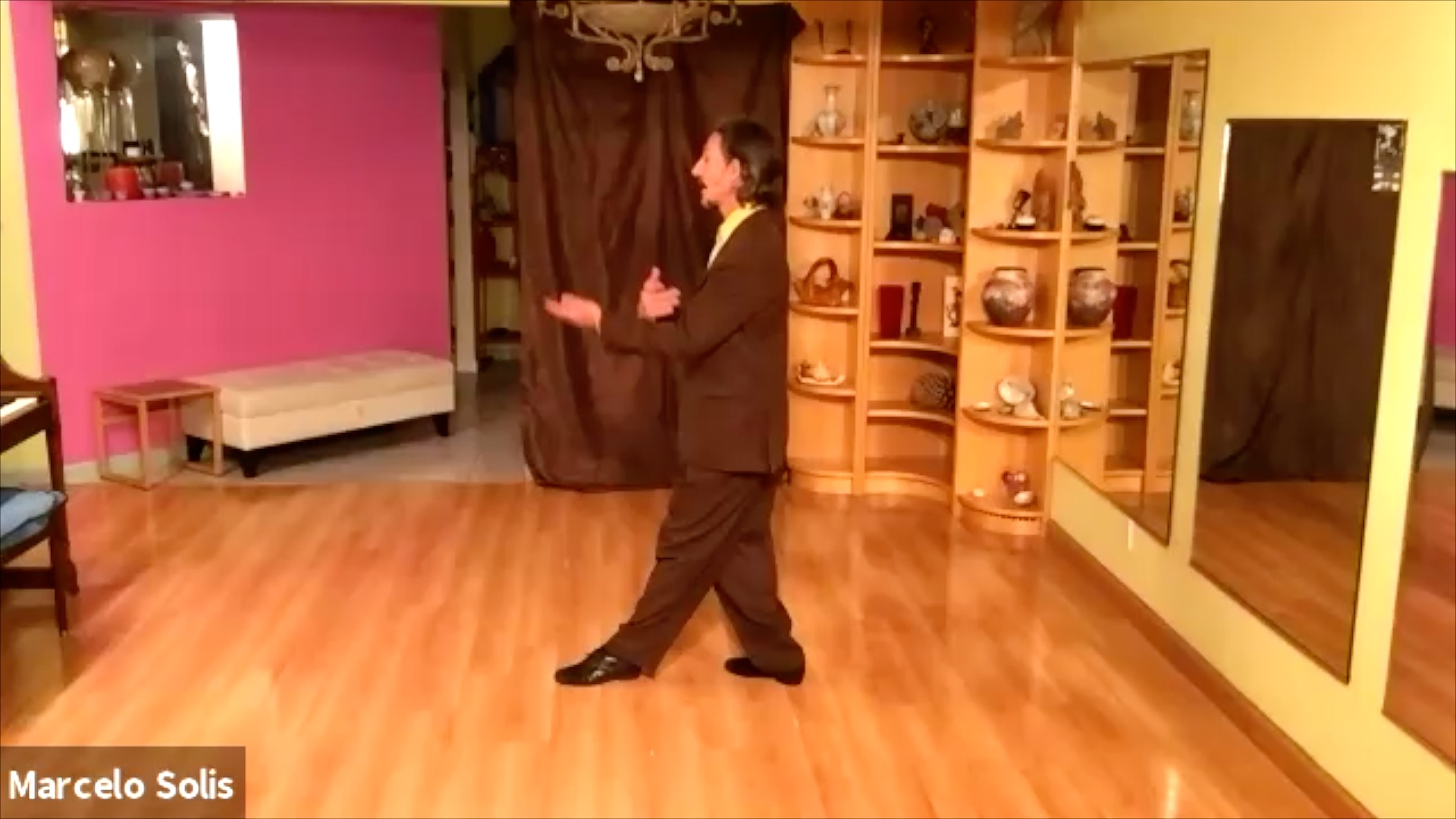 Argentine Tango class: one, two, three exercise with Marcelo Solis