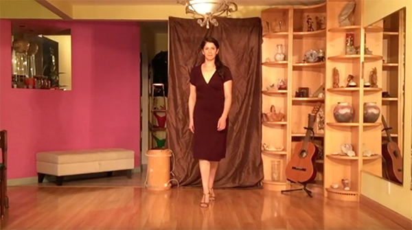 Argentine Tango follower's technique 7- Walking forward and backward