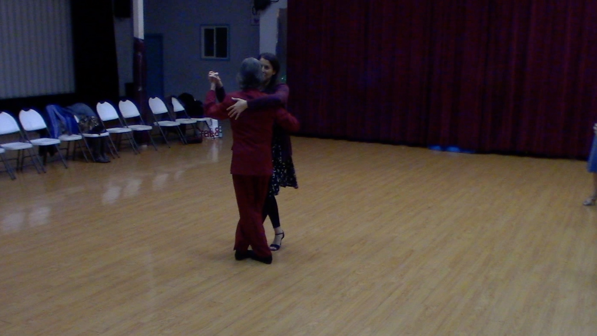 Argentine Tango intermediate class: crossed system salida to crossed system