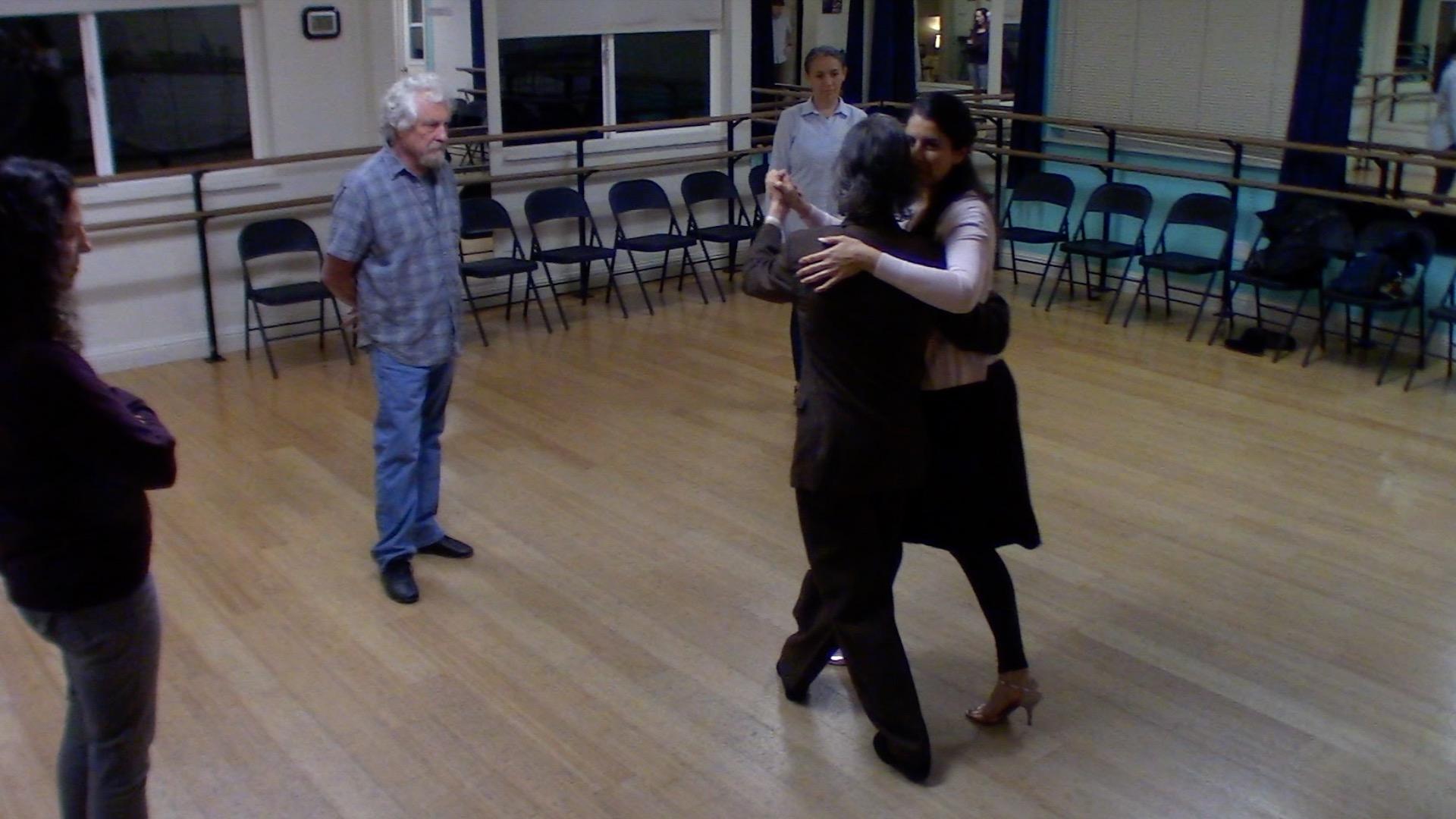 Argentine Tango intermediate class with Mimi: forward ocho