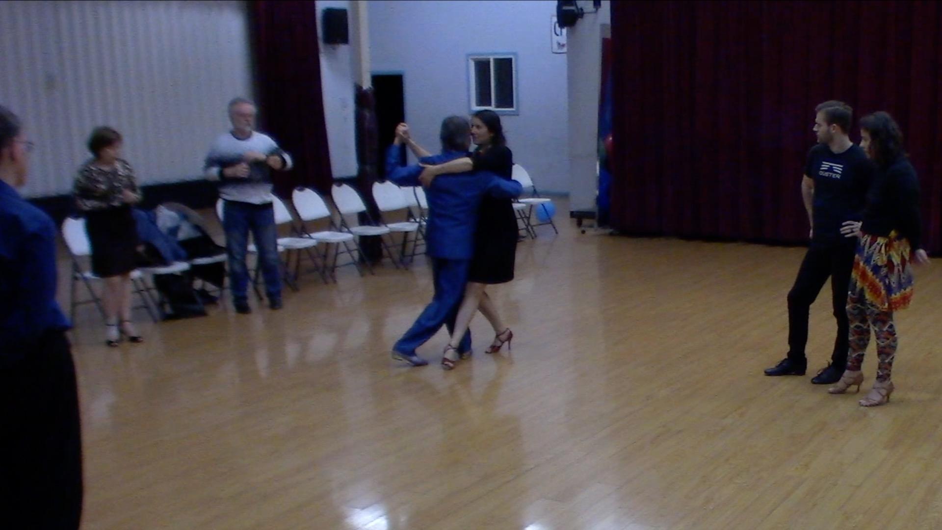 Argentine Tango intermediate class with Mimi: ocho variation