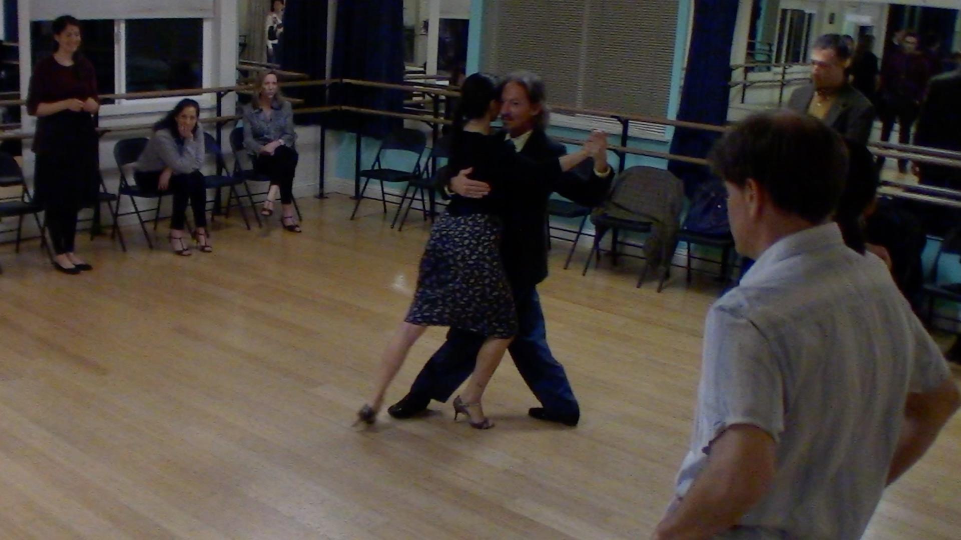 Argentine Tango intermediate class with Miranda: crossed salida alternative exit 4