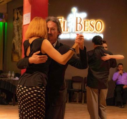 Bailando con Cristina en El Beso. Escuela de Tango de Buenos Aires. Milongas