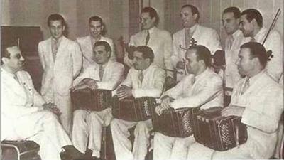Carlos Di Sarli y su Orquesta Típica. Argentine music at Escuela de Tango de Buenos Aires.
