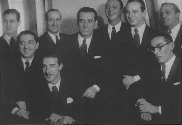 Orquesta Pedro laurenz con Hector Farrel. Argentine music at Escuela de Tango de Buenos Aires.