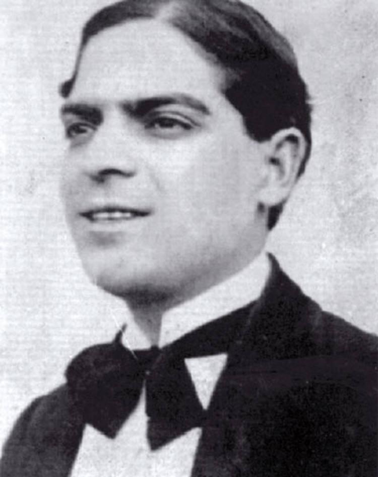 Eduardo Arolas (24 February 1892 - 29 September 1924). History of Tango. Escuela de Tango de Buenos Aires. Marcelo Solis.