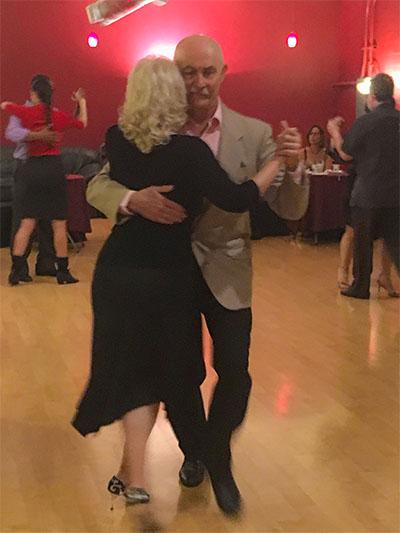 Dancing at milongas | Argentine Tango